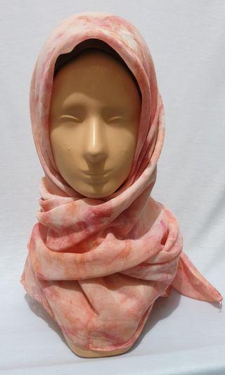 (Used) jilbab paris warna peach motif tie die
