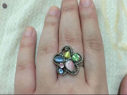 Ring Batu Unik