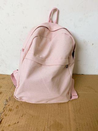🚚 粉色後背包