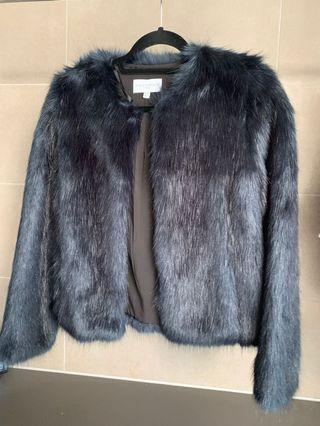 Witchery NAVY FAUX FUR never worn