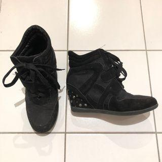 Black sneaker wedges with studs