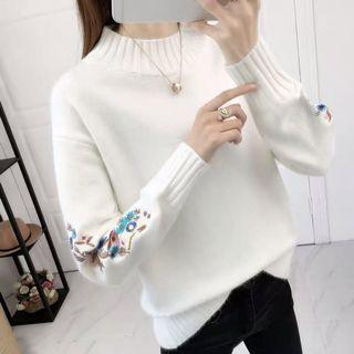 BN Embroidered Knitted Long Sleeve Pullover Sweater in White