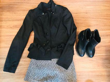 Black blazer with ribbon detail on pockets