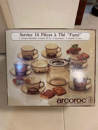 Arcoroc teapot set - France