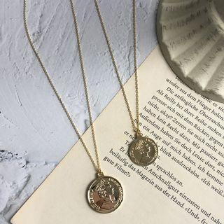 Pre-order- Minimalist gold coin necklace