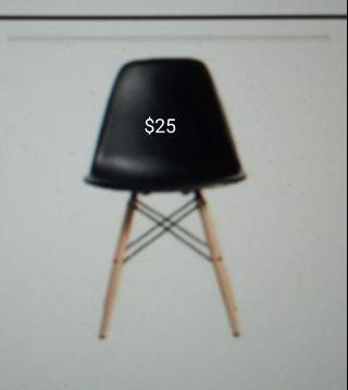 🚚 Very good condition chairs
