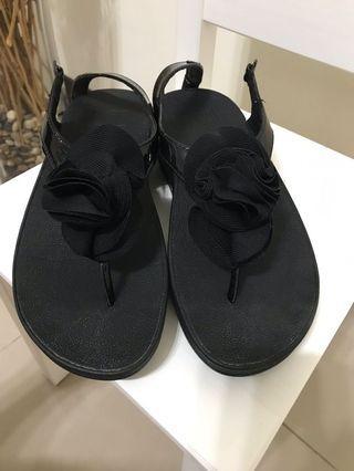 Fitflop 女 黑 玫瑰花涼鞋 休閒鞋 拖鞋 英國氣墊 人體工學認證 舒適好走 麂皮