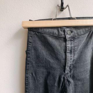 🚚 TOPSHOP Joni Black Jeans