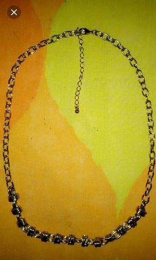 US necklace