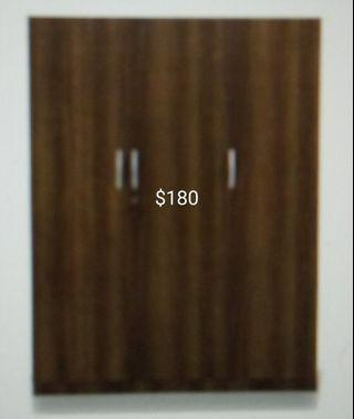 Very good condition wardrobe for sale