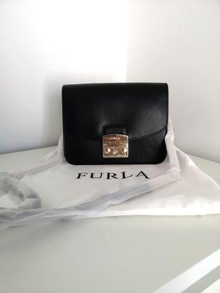 Furla Metropolis medium crossbody bag