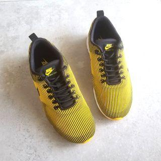 Nike Air Max Thea Sneakers 運動休閒鞋