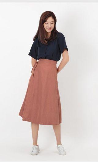 Aforarcade Claudia Tie Side Skirt in Auburn