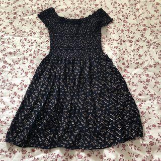 🚚 brandy melville caley dress