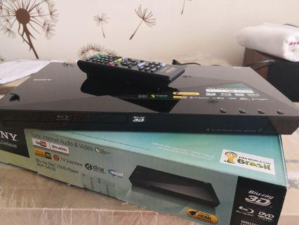 SONY BDP-S4100  INTERNET 3D BLU-RAY PLAYER FULL HD 1920 x 1080 with USB FUNCTION AND REMOTE CONTROL