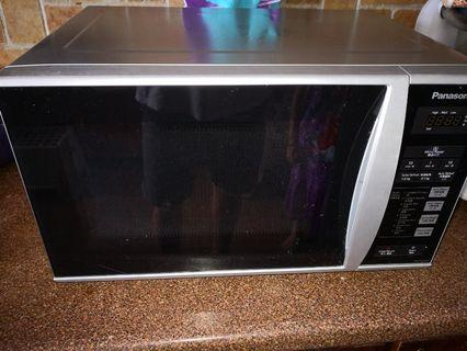 Used Panasonic microwave oven for sell