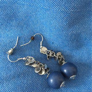 Blue and silver dangly earings