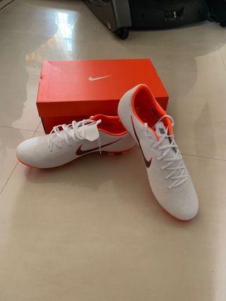 🚚 Nike Mercurial Boot