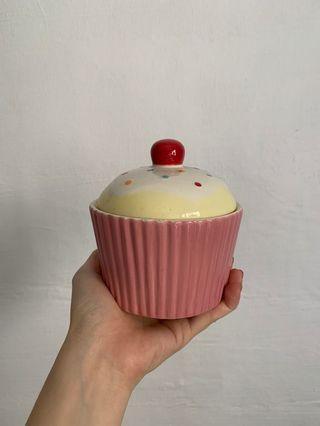 Small cupcake storage