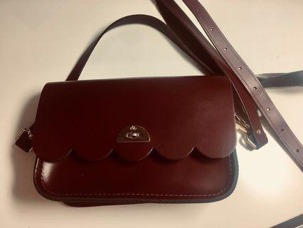 The Cambridge Satchel Company Leather Small Cloud Bag in Leather - Oxblood