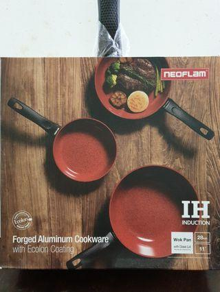Neoflam Forged Aluminum 28 cm Wok Pan