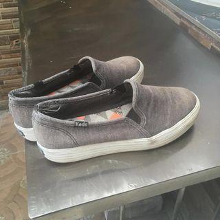 Sepatu Keds wanita uk 35