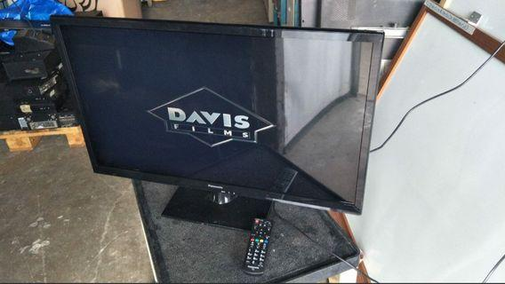 """Panasonic 32"""" LED TV With HDMI Port and Remote (2 pc) @$150 each"""