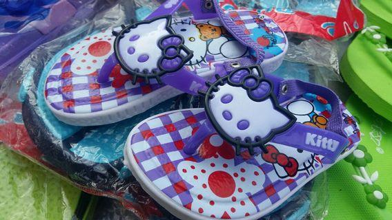Sandal Bunyi Anak wanita