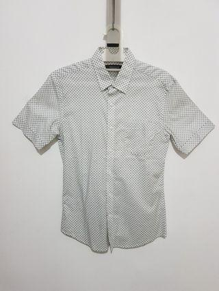 Kemeja The Executive Shirt Slim Fit
