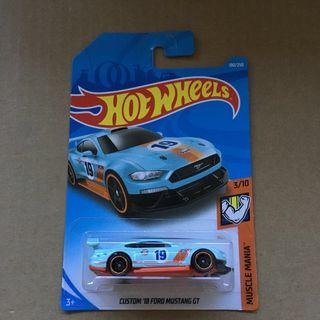 Hot wheels Custom '18 Ford Mustang GT Gulf Racing Blue No. 19