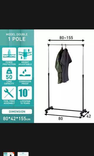 🚚 Clothes Rack