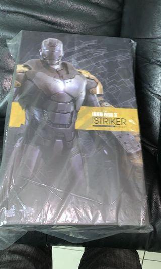 🚚 Hot toys Iron man striker misb