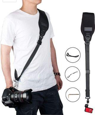 Focus F2 Black Rapid Camera Shoulder Sling Neck Strap