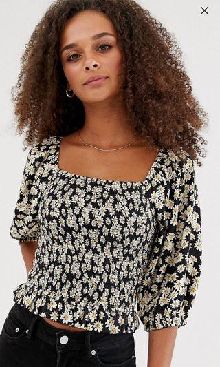 🚚 New Look square neck puff sleeve blouse