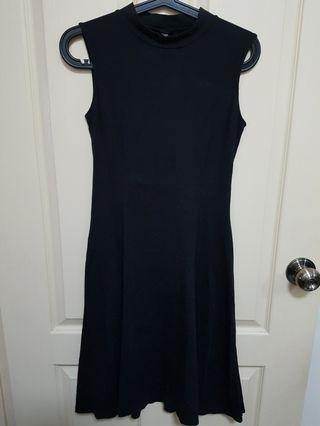 Uniqlo  Black Dress size M