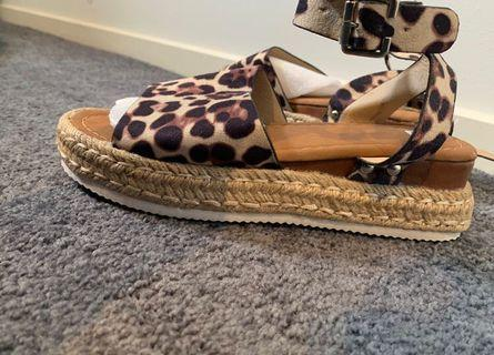 Chicthink Leopard Shoe 37