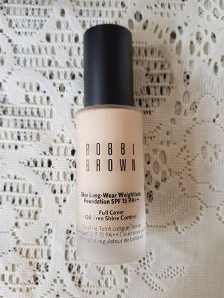 Bobbi Brown Skin Long Wear Weightless Foundation
