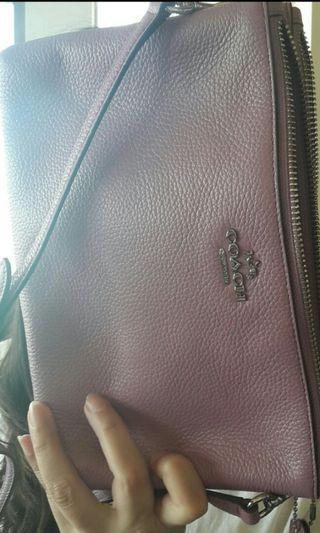 Coach 薰衣草紫 雙拉鏈側背包