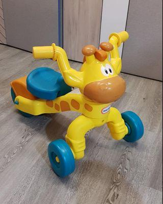 🚚 Fisher Price Tricycle