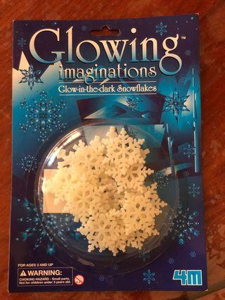 Glow-in-the-dark (Snowflakes & Comets)