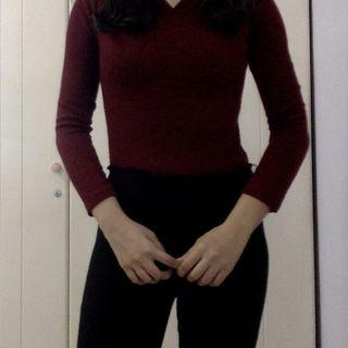 Dark wine red knitted top
