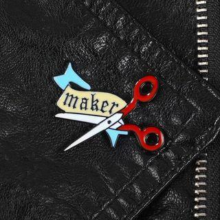 🚚 bnip maker's pin fabric scissors enamel pin badge