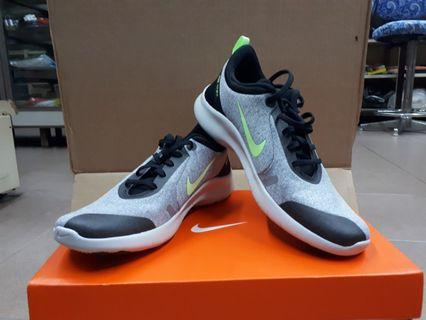 Authentic NIKE Mens Running Shoes