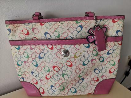 Hand bag coach authentic