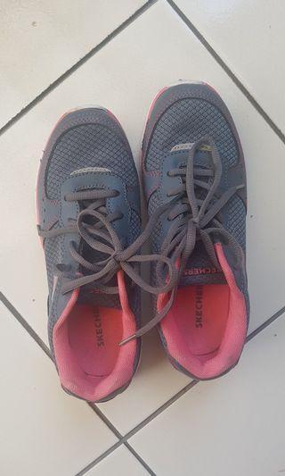 Skechers Shoes Sepatu Sporty