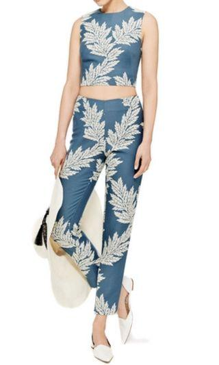 Sass and Bide Here I am Top