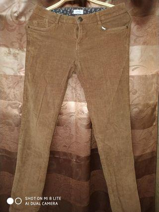 Coudoray celana wanita