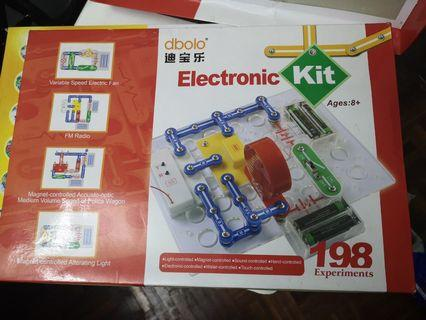 Electronic kit for kids