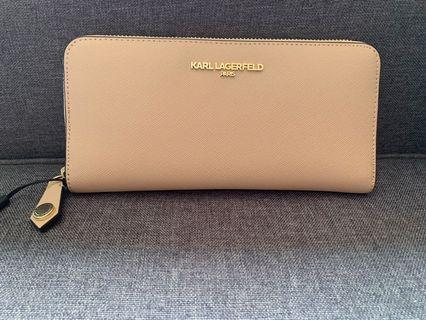 🚚 Karl Lagerfeld leather zip-around wallet