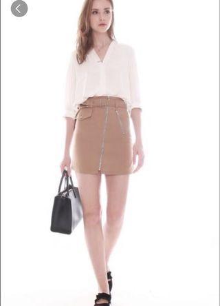 🚚 Anticlockwise khaki sand brown utility zip skirt